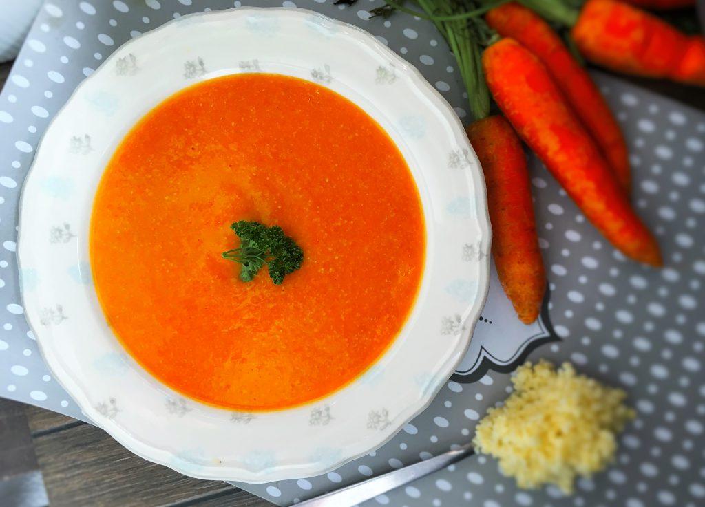 Zupa krem marchewkowy z kaszą jaglaną