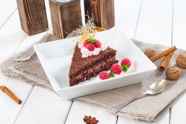 Czekoladowe brownie z fasolą i serkiem topionym